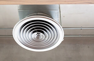 Industrial ceiling vent for HVAC systems